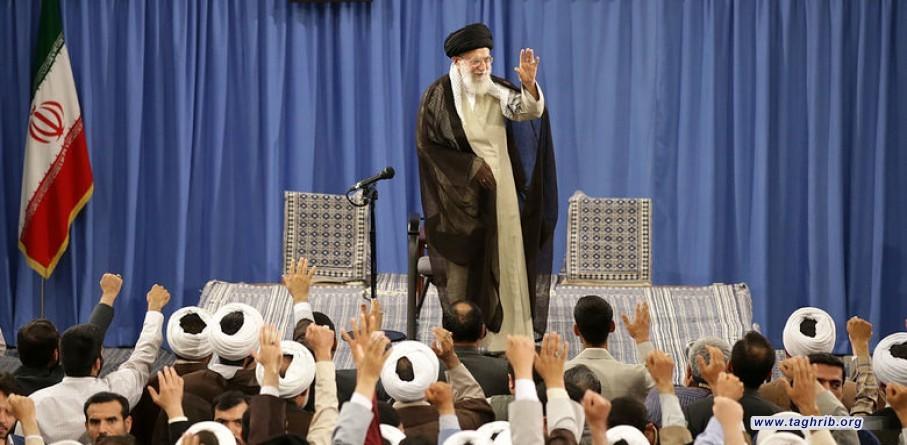 مسؤولية الحوزة العلمية هي تربية علماء دين لتحقيق الإسلام في كافة شؤون المجتمع + صور