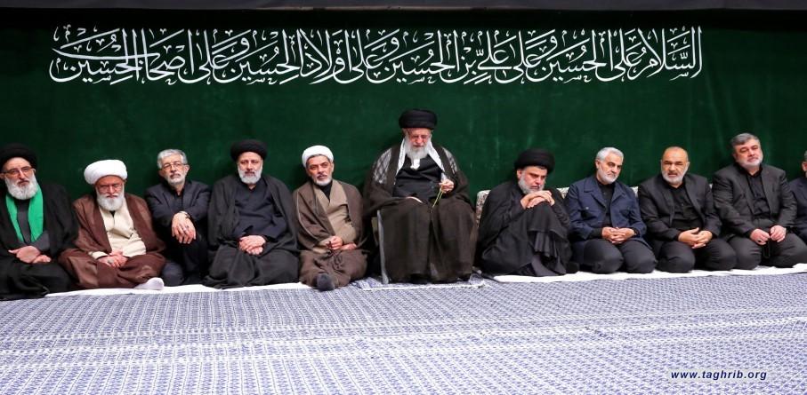 مجلس عزاء الإمام الحسين في ليلة الحادي عشر من شهر محرّم بحضور الإمام الخامنئي + صور