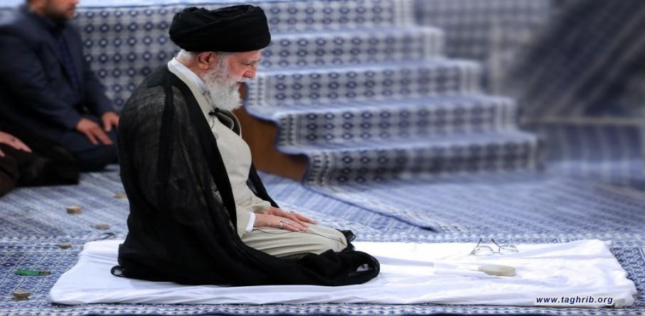 الإمام الخامنئي في ندائه لمؤتمر الصلاة الثامن والعشرين الصلاة تضمن الأمن والسلامة النفسيّة والخلاص من النزاعات في المجتمع