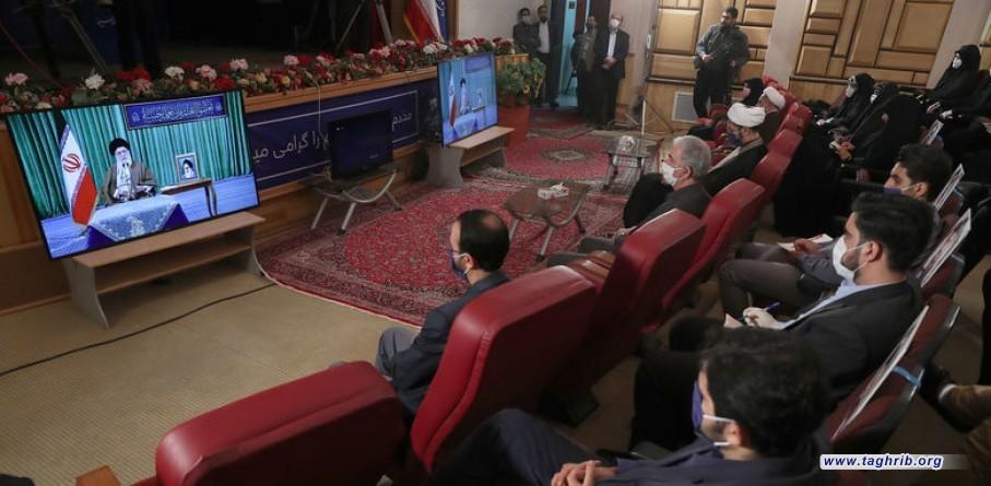 الإمام الخامنئي في اتصال متلفز مع ممثّلي اللجان الطلابية الجامعية: ستُطرد أمريكا من سوريا والعراق