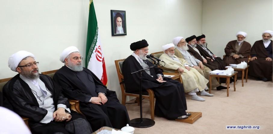 اعضای مجلس خبرگان رهبری، پیش از ظهر امروز (پنجشنبه) با حضرت آیتالله خامنهای رهبر انقلاب اسلامی دیدار کردند.