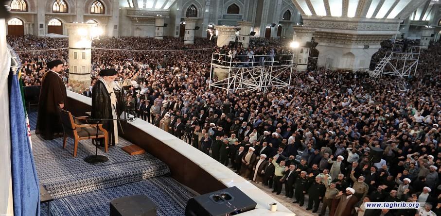 مشاركة الإمام الخامنئي في مراسم الذكرى السنوية الثلاثين لرحيل الإمام الخميني (قدّس سرّه)