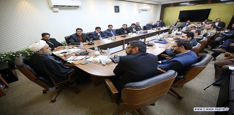الامين العام للمجمع العالمي للتقريب بين المذاهب الاسلامية يستقبل حشد من التعبيين الناشطين الاعلاميين